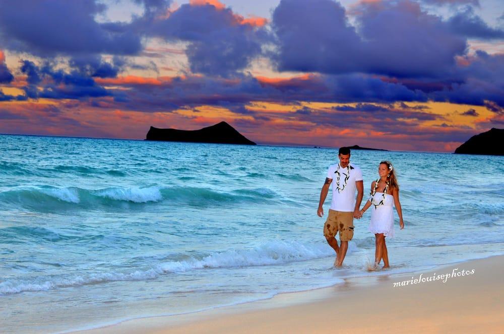 Photo Of A Treasured Moment Weddings Hawaii Honolulu Hi United States