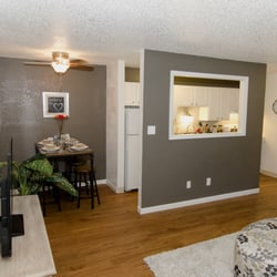 Willow Creek Apartments Apartments 1008 S Cherry St Southeast Denver C