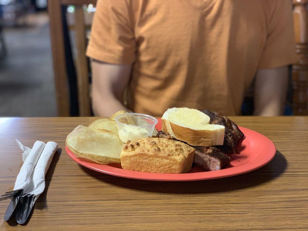 Piggy Blue's Bar-B-Que: 323 N Main St, Austin, MN