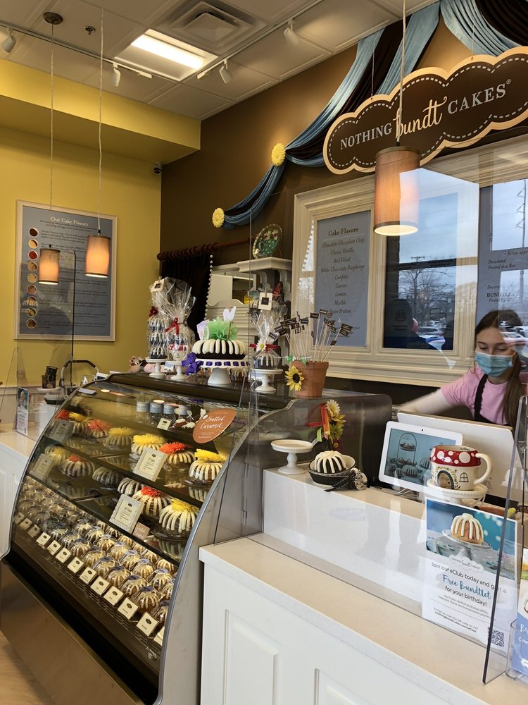 Nothing Bundt Cakes: 20215 Route 19, Cranberry Township, PA