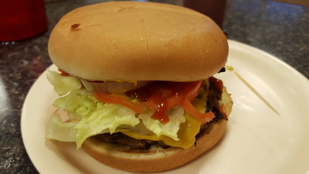 Benny Bob's Barbecue: 847 E Main St, Blytheville, AR