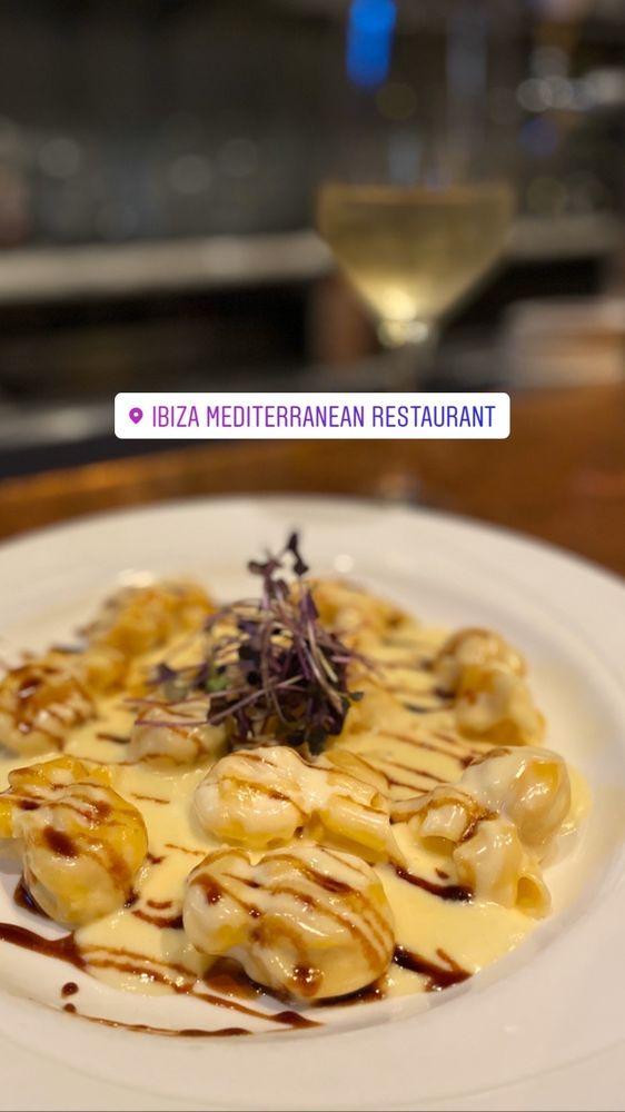 Ibiza Mediterranean Restaurant: 33481 Lake Rd, Avon Lake, OH