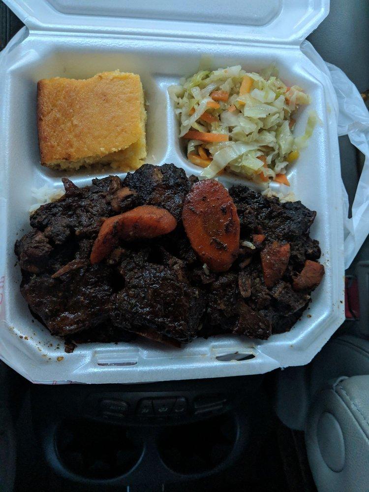 SIR B Restaurant and Bar B Q: 2605 45th St, Vero Beach, FL