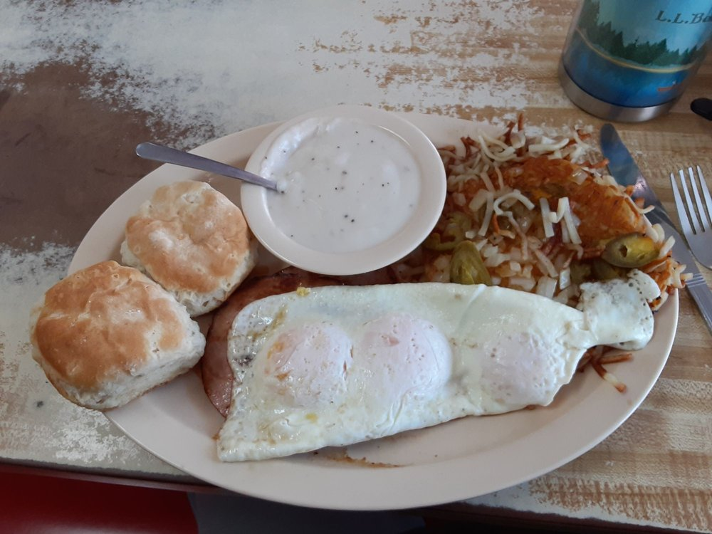 Bonwood Cafe-Bill's Diner: 1874 S Highland Ave, Jackson, TN