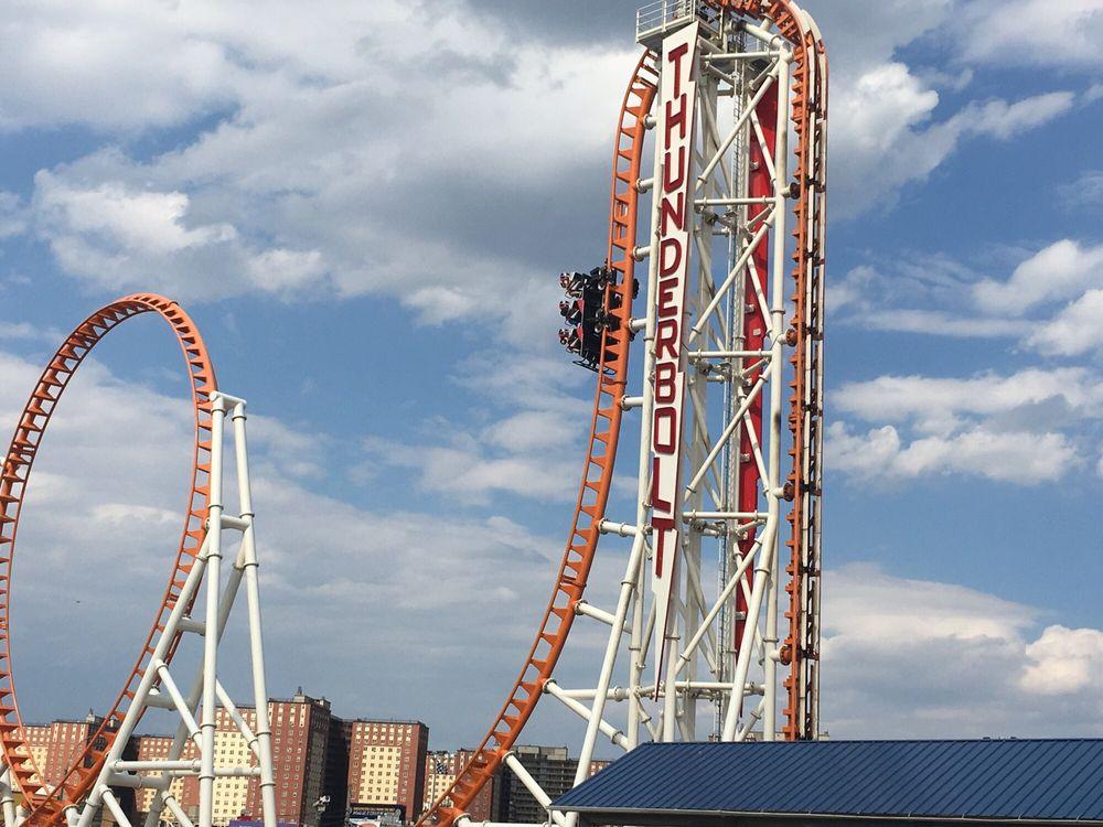 Thunderbolt roller coaster 27 foto e 14 recensioni for Puerta 9 luna park