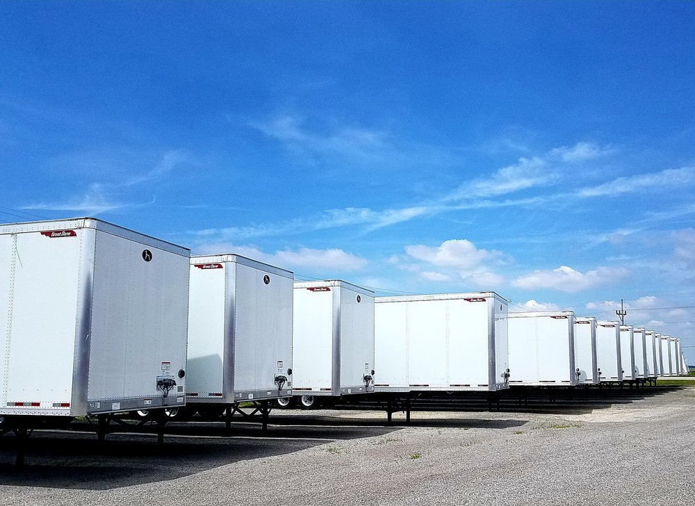 E&R Trailer Sales & Service: 20186 Lincoln Hwy, Middle Point, OH