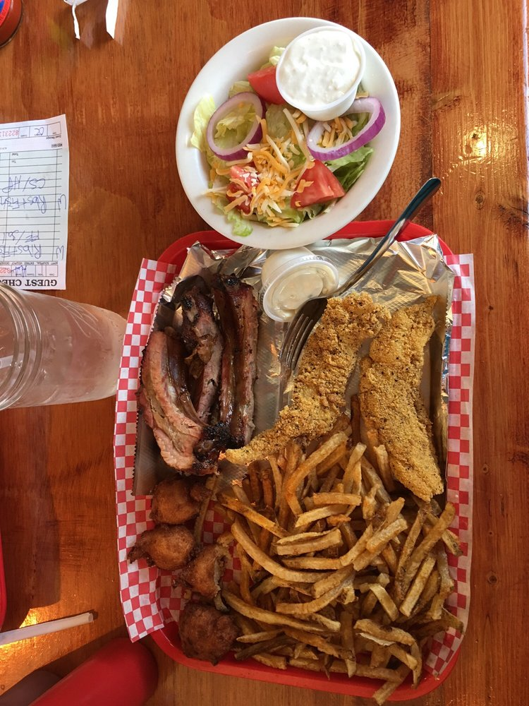 Pig-n-Pepper: 2700 S Zero St, Fort Smith, AR