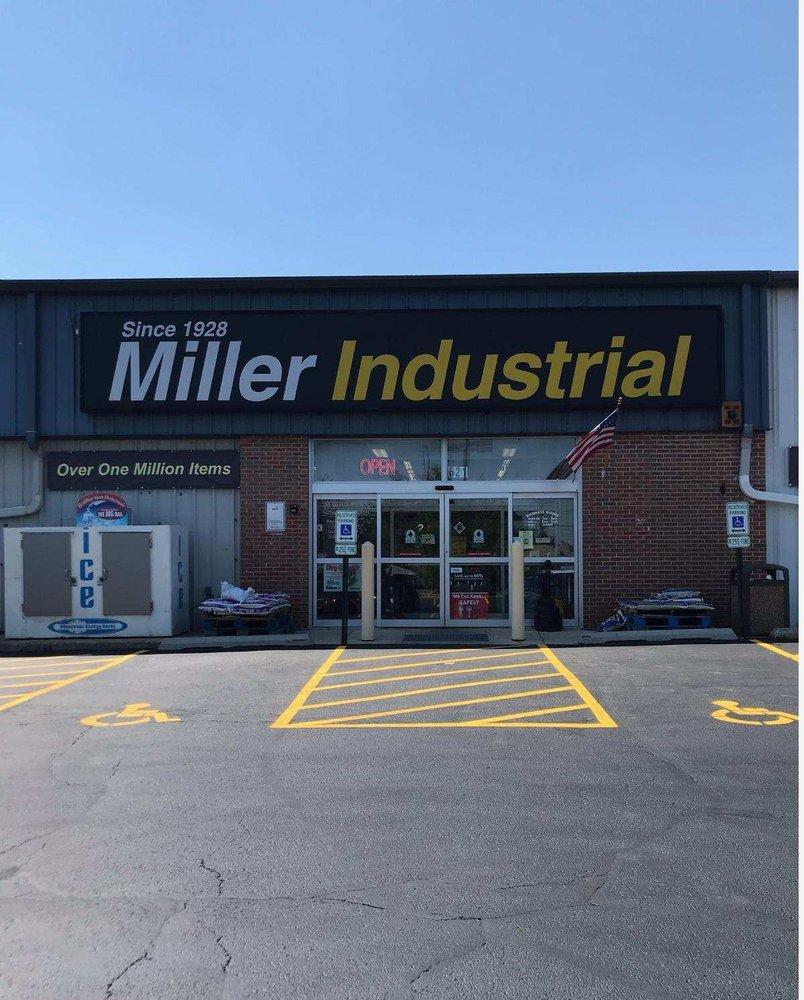 Miller Industrial: 621 E Devon Ave, Elk Grove Village, IL