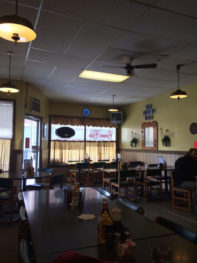 Corner Cafe: 1 S Center St, Flora, IN