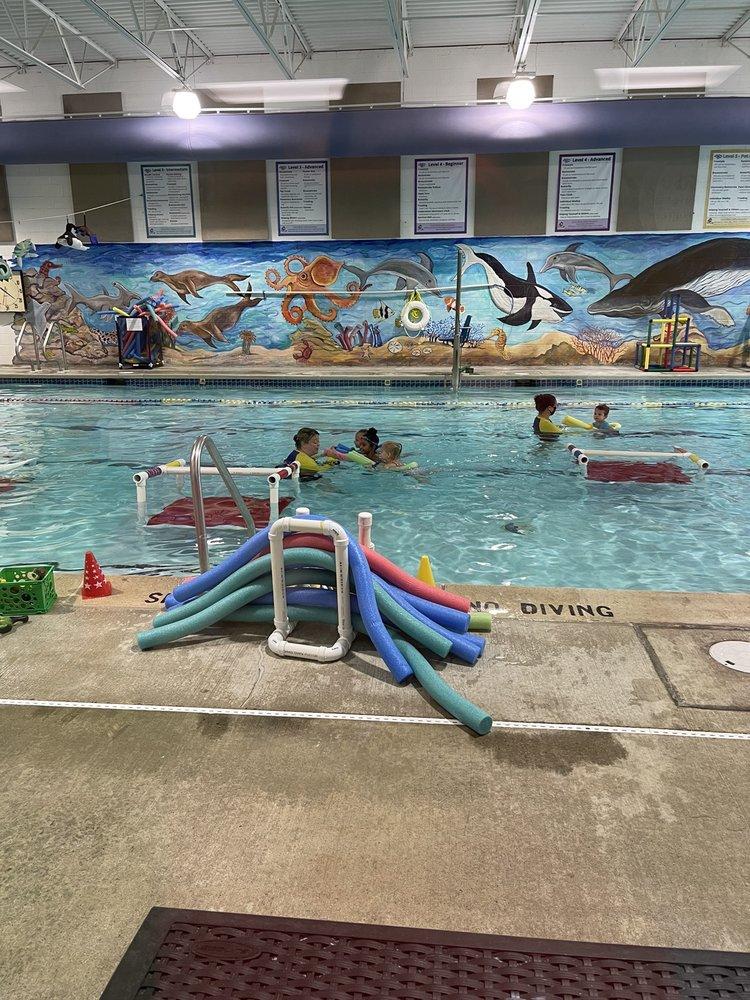Swim-in Zone: 4355 Saucon Creek Rd, Center Valley, PA