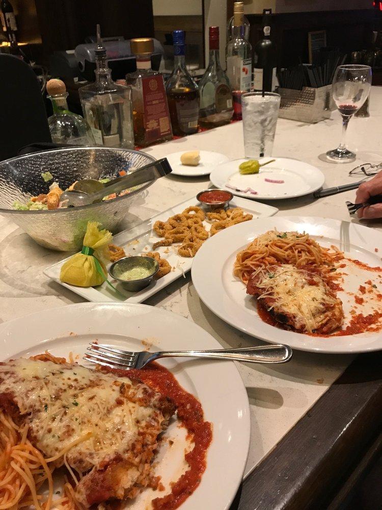 Vino's Italian Kitchen: 777 Casino Ave, Thackerville, OK