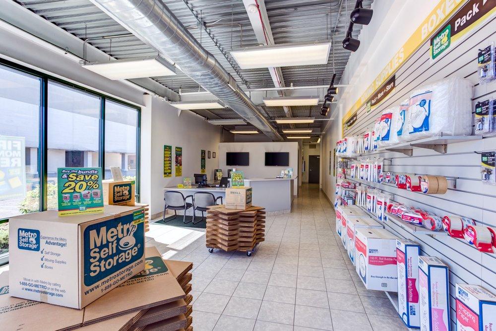 Metro Self Storage: 9501 Grand Ave, Franklin Park, IL