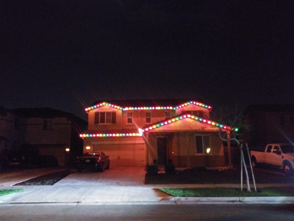 Light Um Up Holiday Style: Modesto, CA