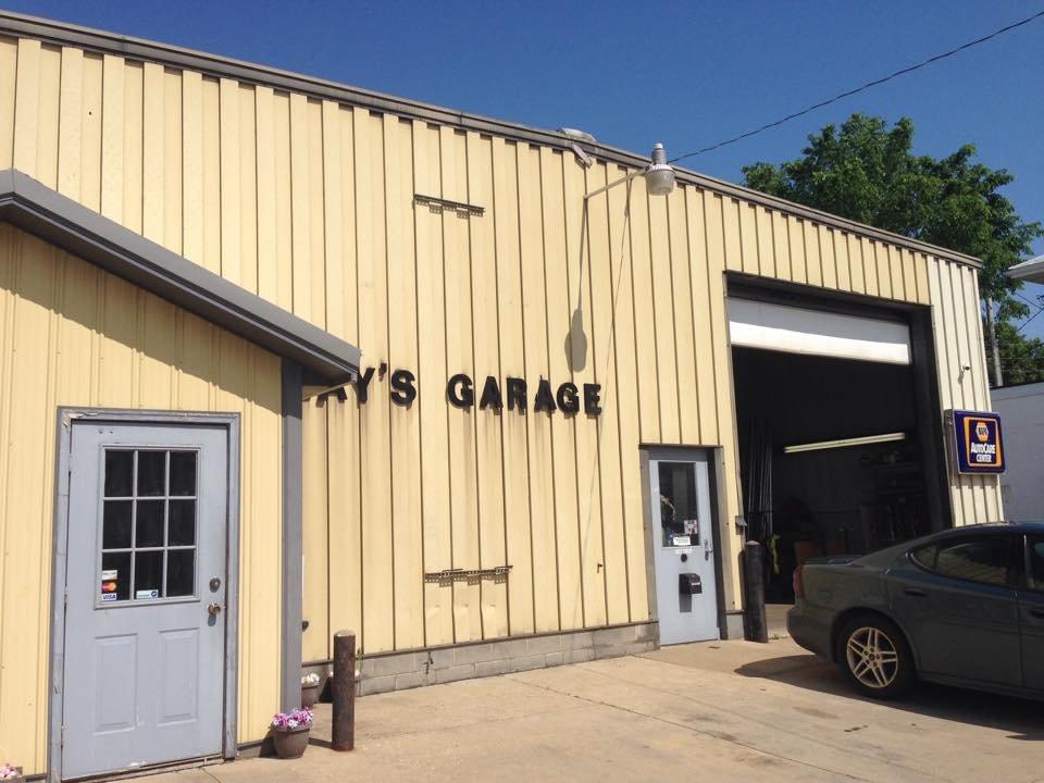 Ray's Garage: 128 S Main St, Creston, OH