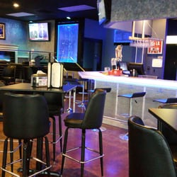 Ice House Bar & Grill - 73 Photos & 14 Reviews - Sports Bars - 14111 ...