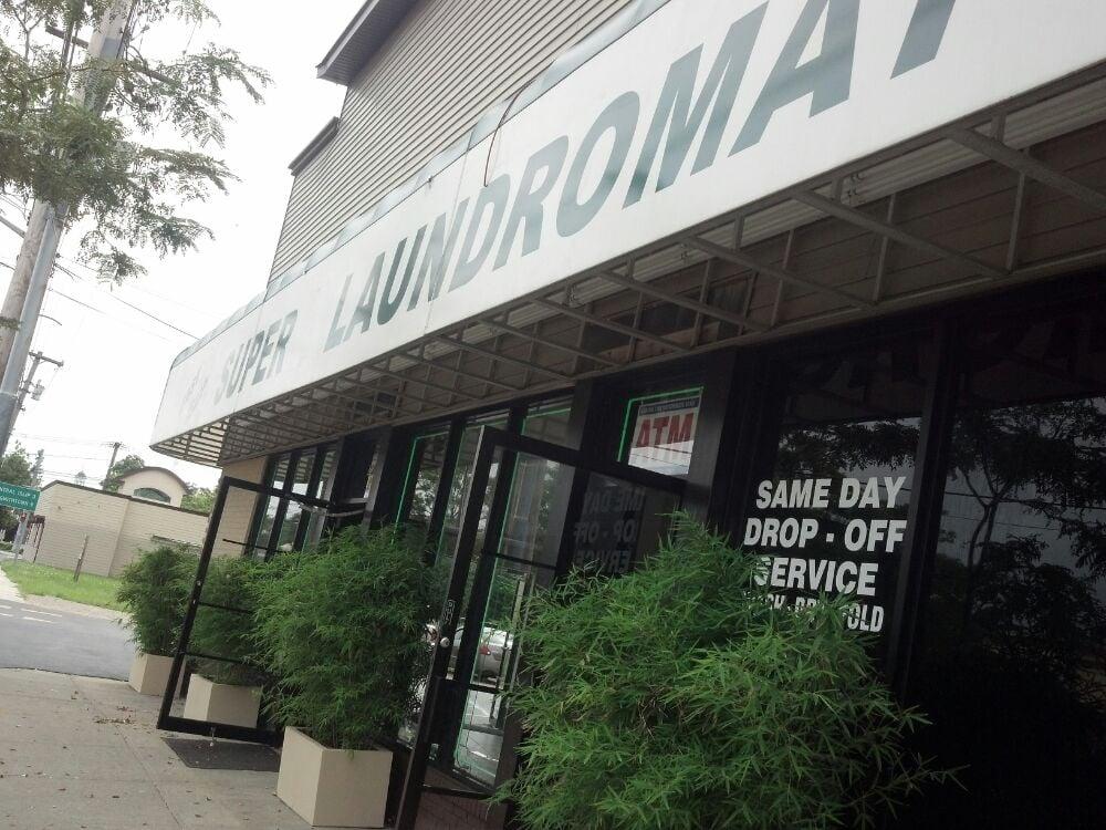 East Islip Laundry: 20 Montauk Hwy, East Islip, NY