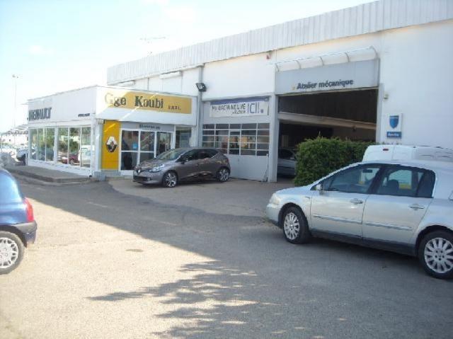 Garage koubi v rksted route de saint gilles for Garage koubi caissargues