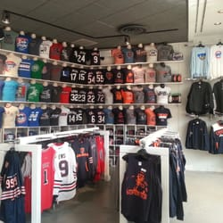 40f8a2d6 Clark Street Sports - 10 Reviews - Sports Wear - 195 Fox Valley Center Dr,  Aurora, IL - Phone Number - Yelp