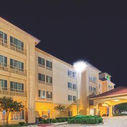 Photo Of La Quinta Inn Suites Gainesville Tx United States