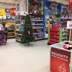 photo of toys r us norfolk va united states - What Time Does Toys R Us Close On Christmas Eve