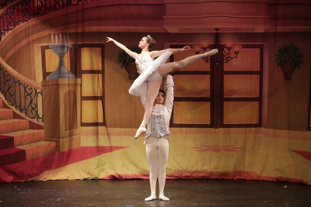 Ave Maria Academy of Ballet: 20722 Ashburn Rd, Ashburn, VA