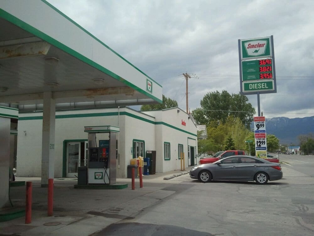 Jay's Sinclair Service Station: 6 W Main St, Grantsville, UT