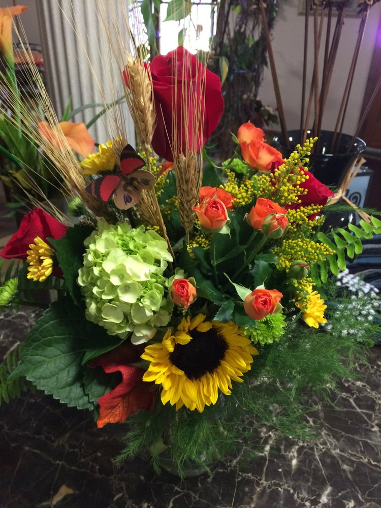 Picasso Floral Designs: 121 Liberty Ln, Indian Trail, NC