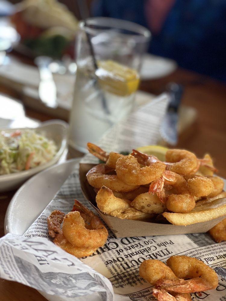 Bill's Prime Seafood & Steaks: 4040 Main St, Chincoteague Island, VA