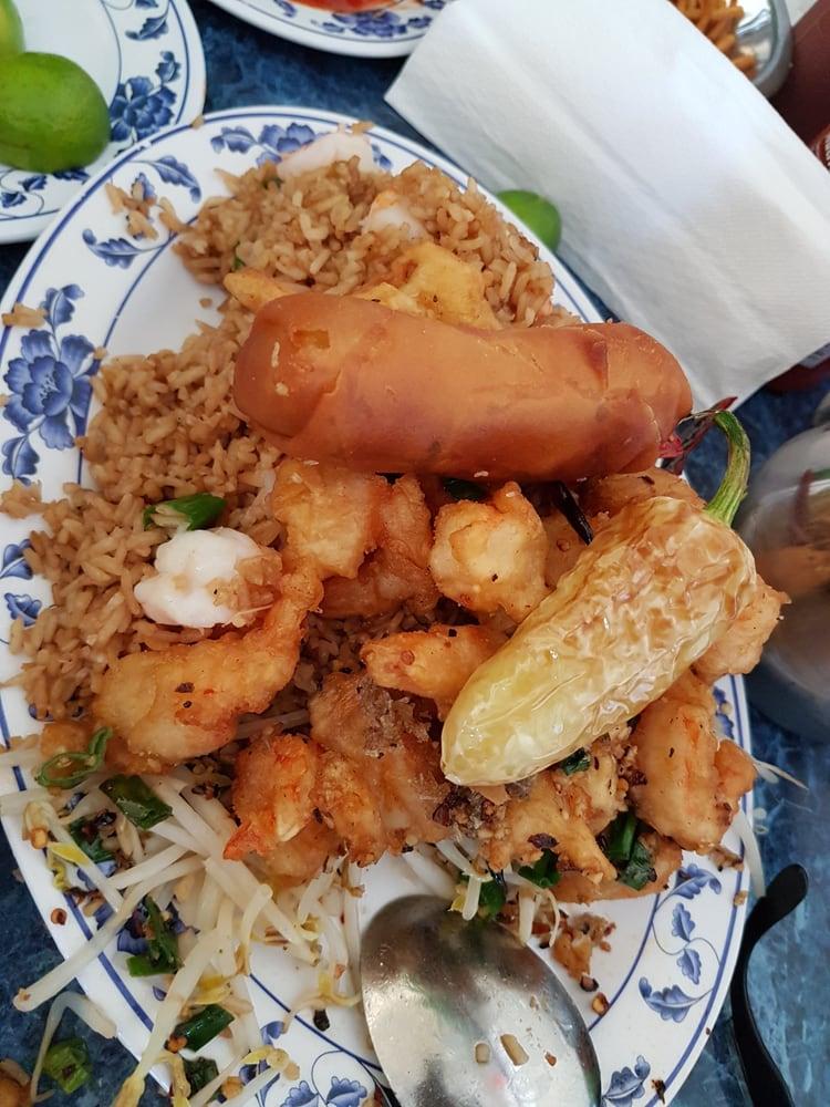 Yee comida china - Chinese - Av. las ferias #12625, Buena Vista ...