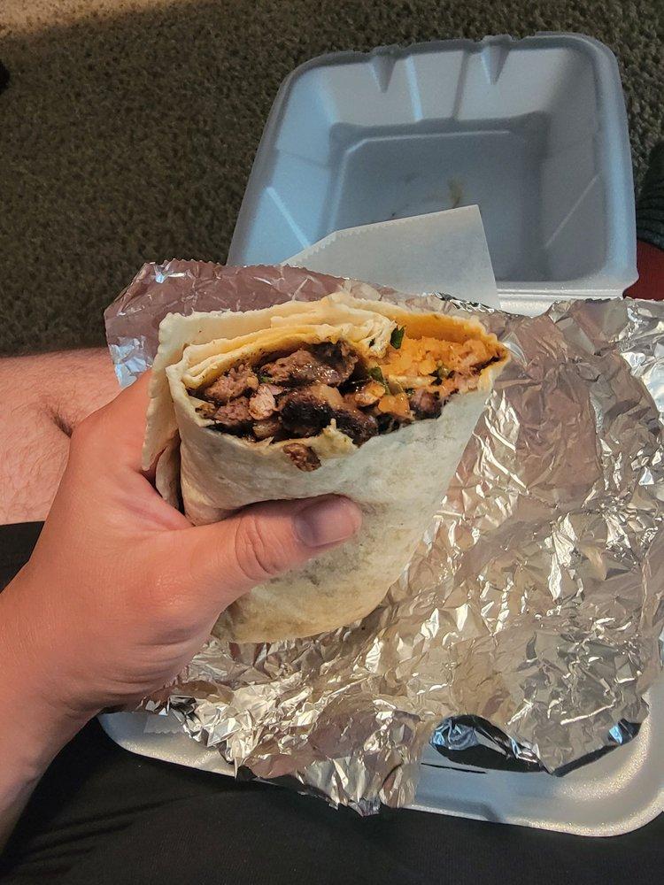 Mi Ranchito Taco Shop: 801 Elm St, Tioga, ND