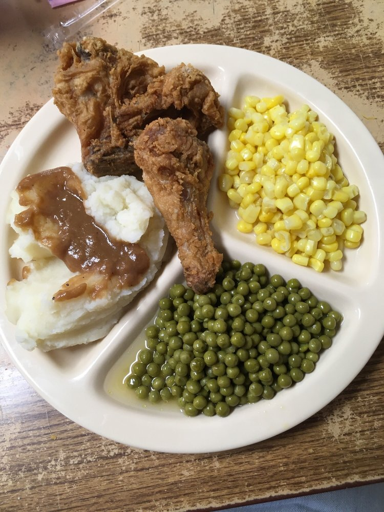 Sam's Restaurants: 307 Front St, Sandersville, MS
