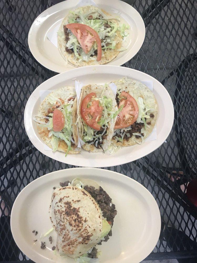 El Taco Sabroso: 8346 S Pulaski Rd, Chicago, IL