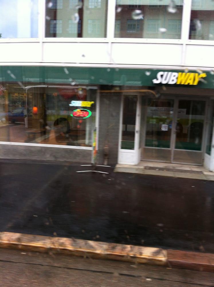 review subway