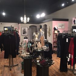 e7fc0473a The Boutique on Plant - Women's Clothing - 111 W Plant St, Horizons ...
