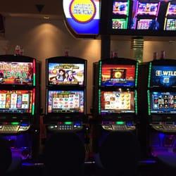 target demographic online casino