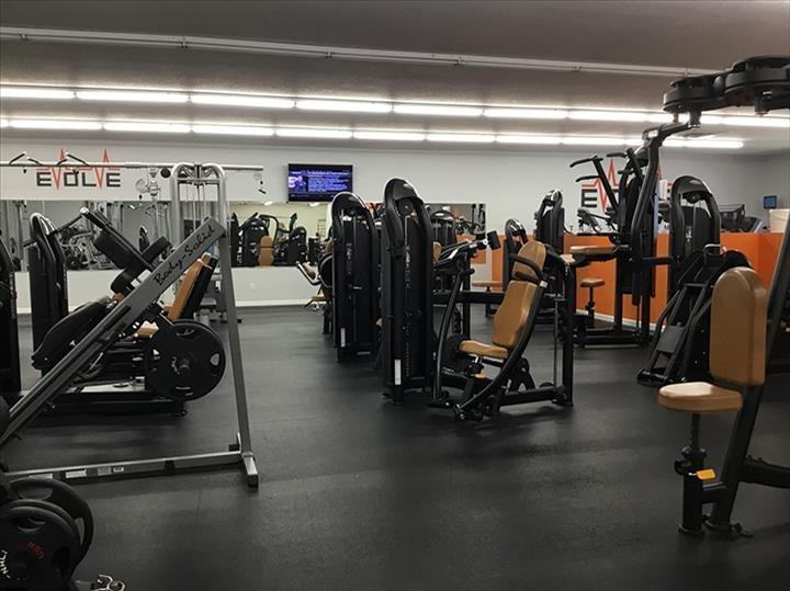 Evolve Fitness & Climbing: 14225 E 1600th Ave, Effingham, IL