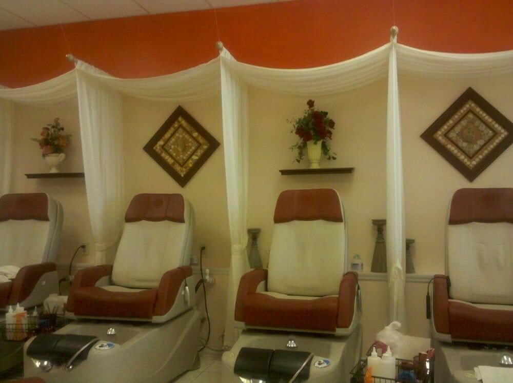 Pro Nails: 2149 E County Rd 540A, Lakeland, FL