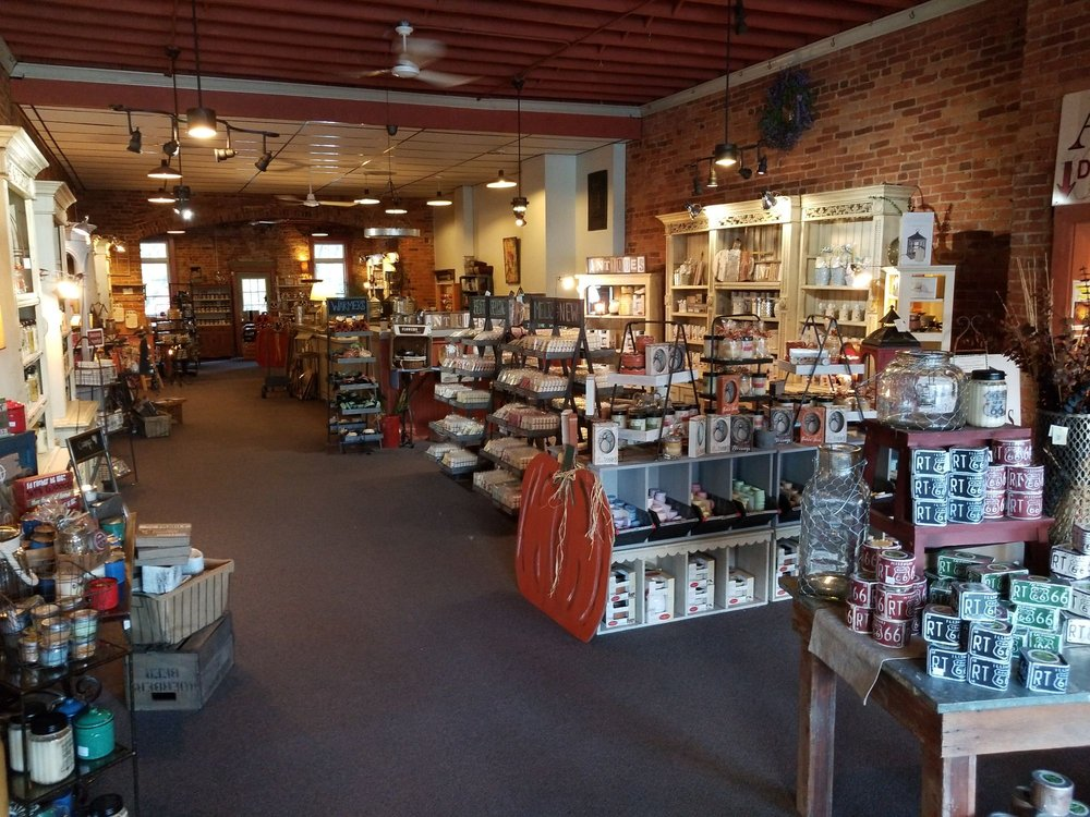 Swan Creek Candle Outlet: 129 Riley St, Dundee, MI