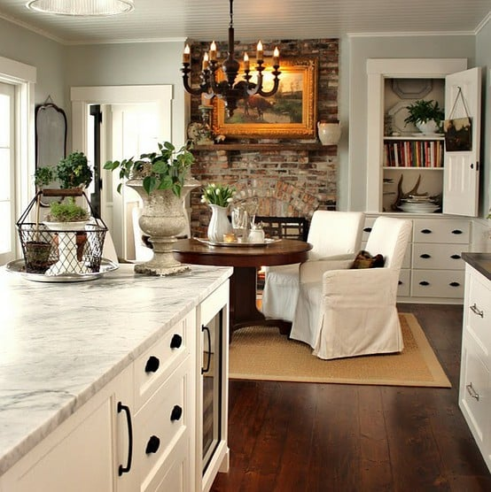 Open Concept, Eat-in Kitchen