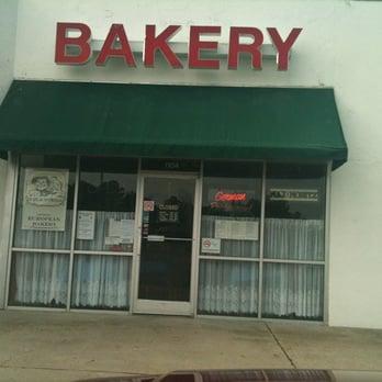 Max Moritz Bakery Restaurant Fayetteville Nc