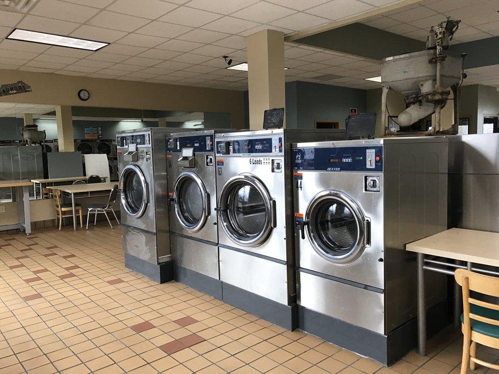 Laundry Room: 1419 Neupert Ave, Schofield, WI