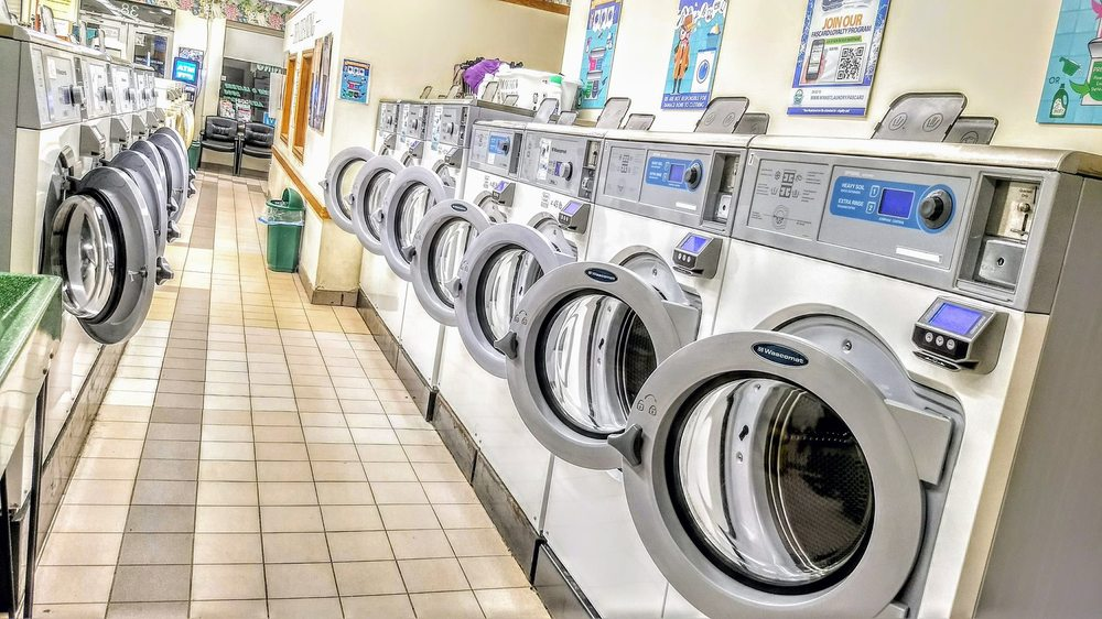 Winn Street Laundry Center: 38 Winn St, Burlington, MA