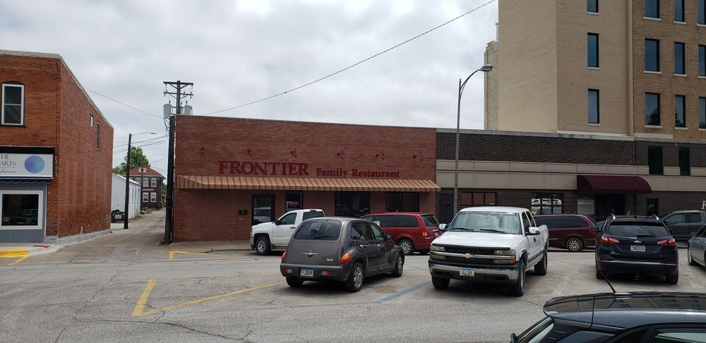 Frontier Family Restaurant: 116 W 2nd St, Washington, IA