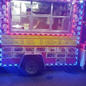 Mi Barrios Halal Food Cart 24 Photos 27 Reviews Food Trucks