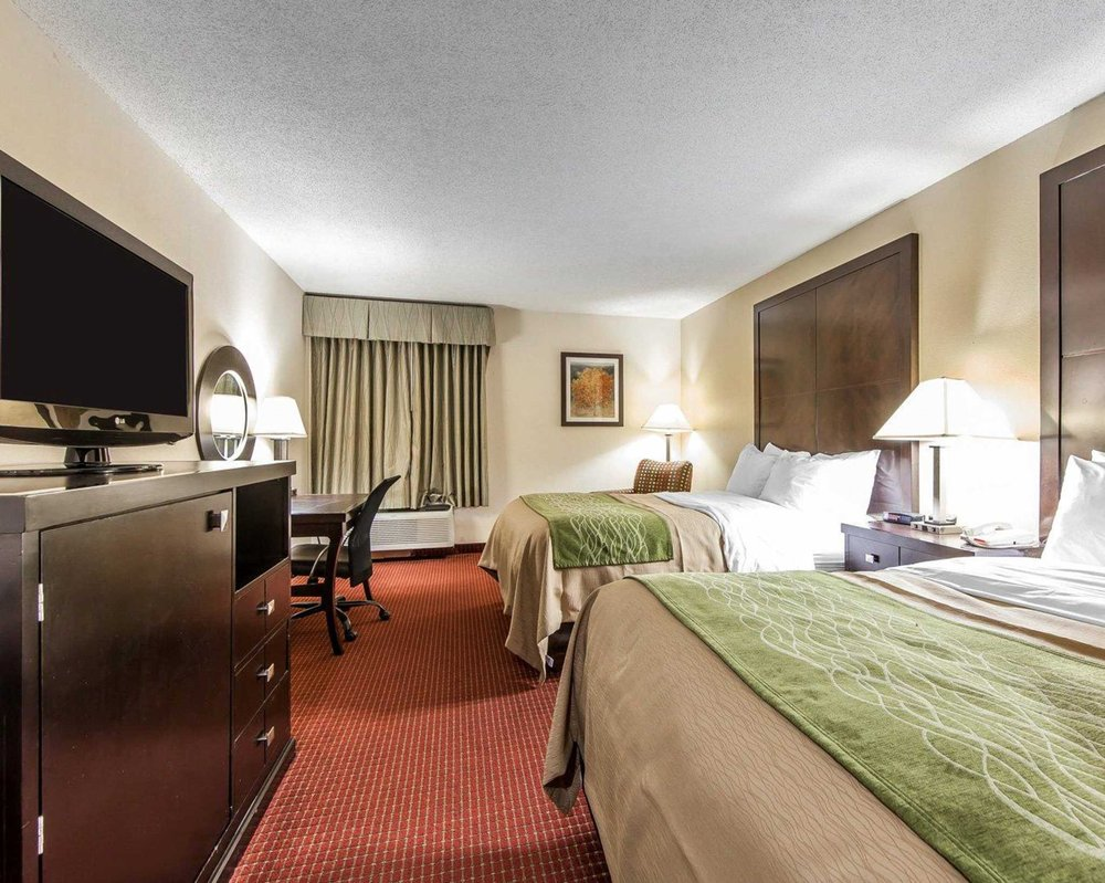 Quality Inn & Suites: 5100 Old Scioto Trail, Portsmouth, OH
