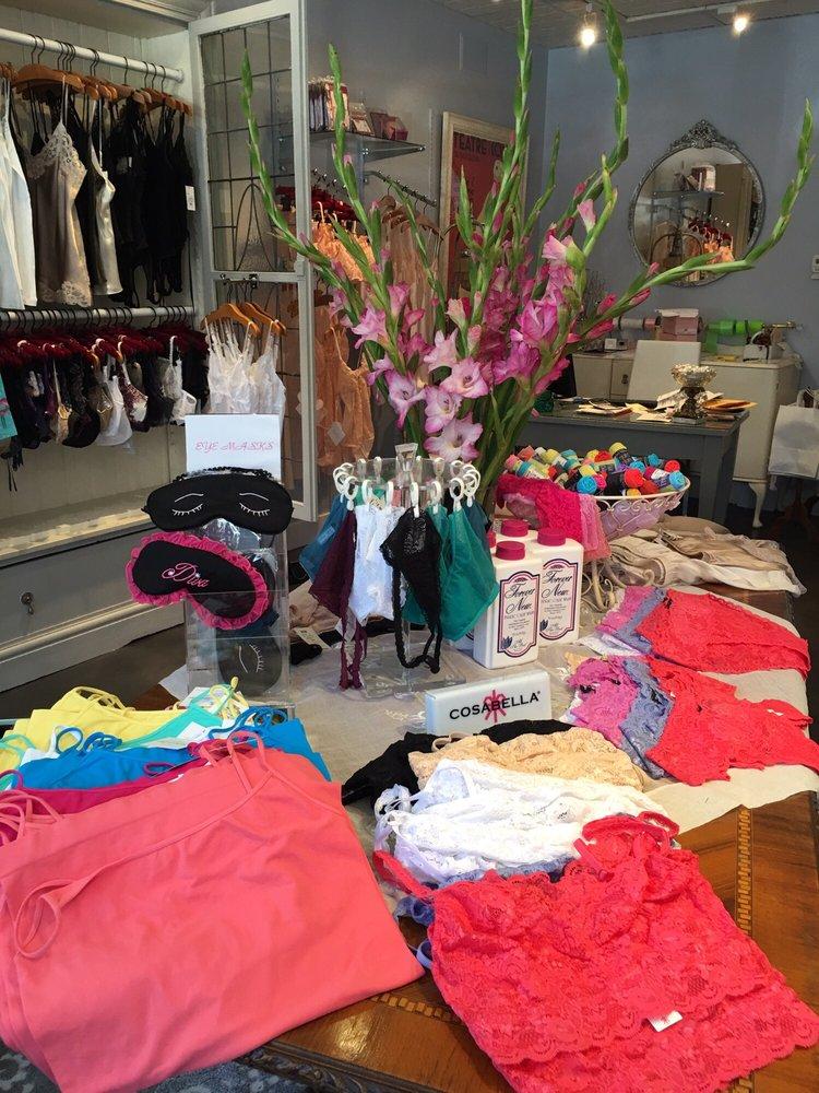 The Lingerie Shoppe: 484 Magnolia Ave, Larkspur, CA