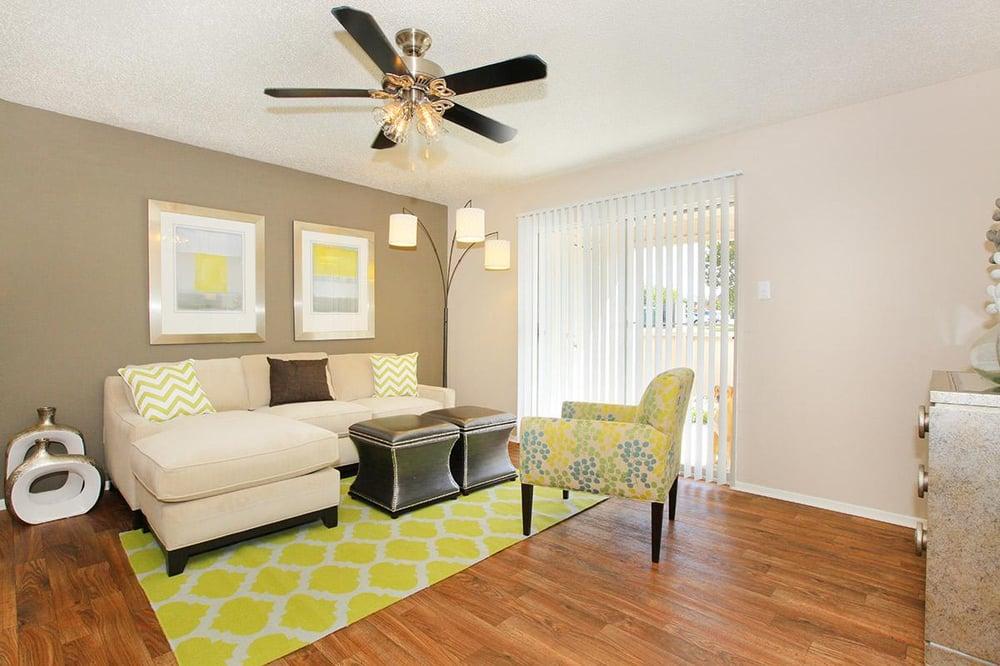 Hutton Creek Apartments Reviews