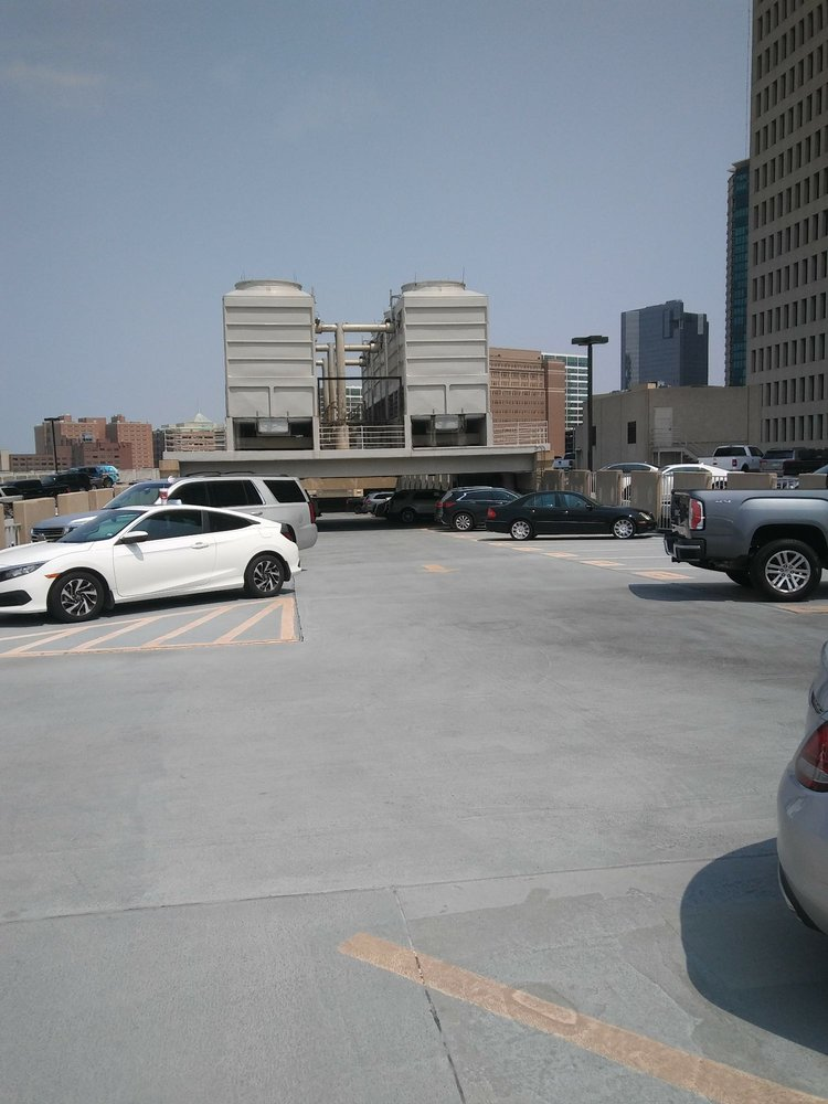Burnett Plaza Garage: 800 Cherry St, Fort Worth, TX