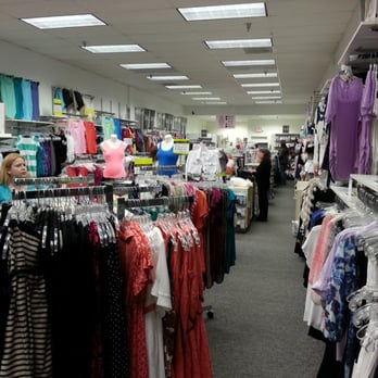 Motherhood Maternity Outlet - Maternity Wear - Gurnee Mills Mall ...