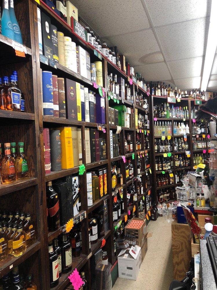 Pinefield Liquors: 12545 Mattawoman Dr, Waldorf, MD